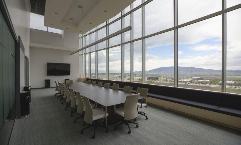 Meubels en interieurs voor elk advocatenkantoor